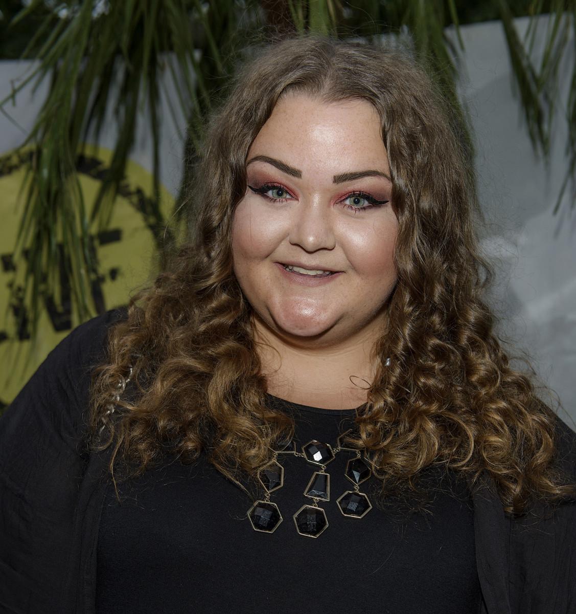 Felicia Bergström fick motta näthat efter sin vloggvecka på Malta.