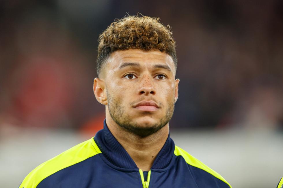 Är fotbollsspelaren Perries nya kille?
