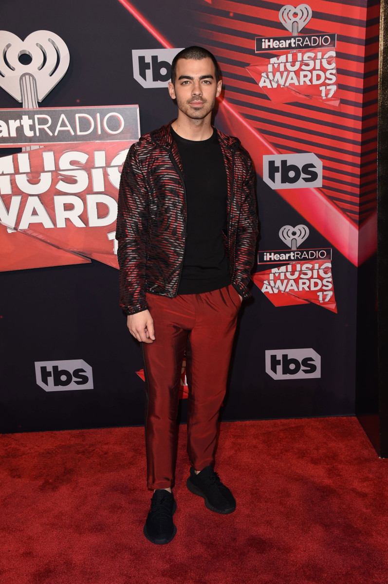 iheartradio-2017-joe-jonas