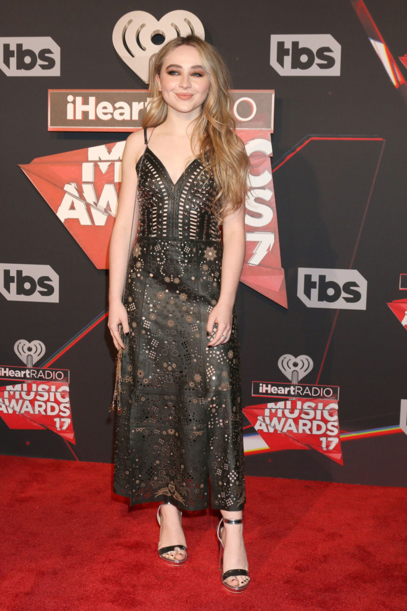iheartradio-2017-sabrina-carpenter
