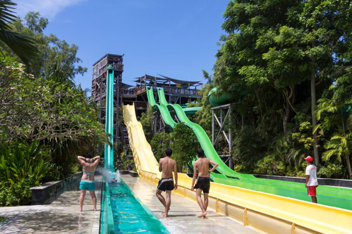 vattenrutschkanor-Bali