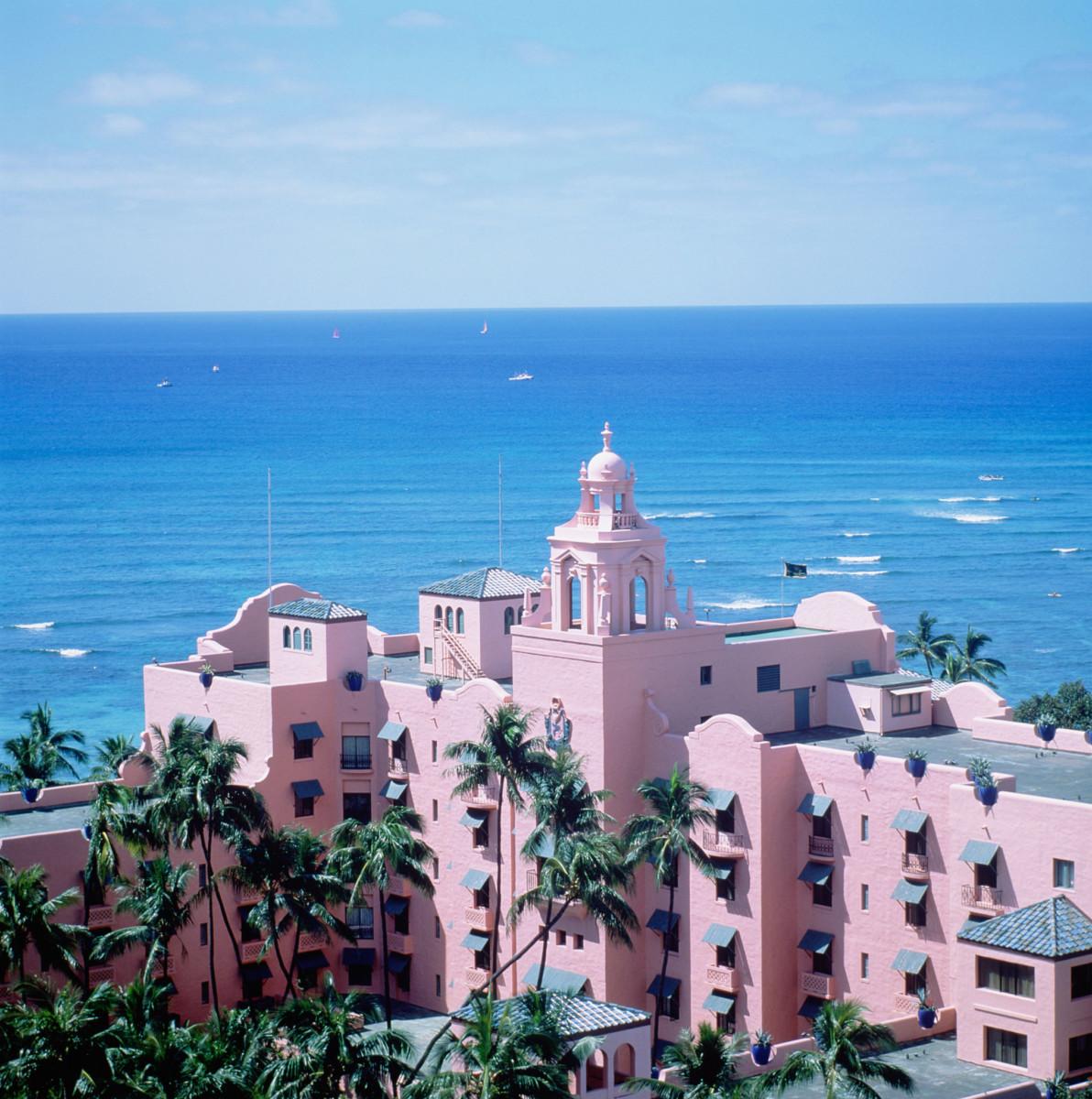 Rosa-hotell-hawaii-5