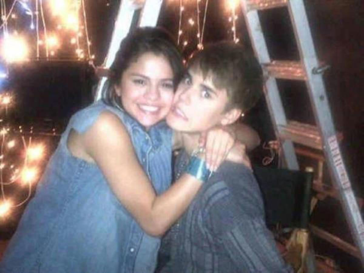 Selena-Gomez-Justin-Bieber-10