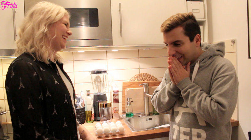 Video: FRIDA utmanar Daniel Paris i kladdig äggroulette